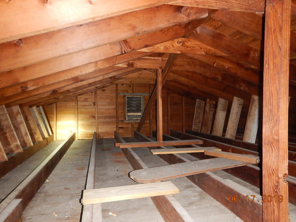 Mold related to No Attic Insulation